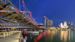 TWB_4559 Panorama (xxtreme942) Tags: singapore marinabay helixbridge bluehour lights pano panora reflection mbs marinabaysands singaporeriver structure