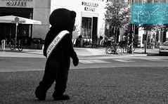 Plaza de París (Berlín / Alemania) (jsg²) Tags: berlin berlín deutschland alemania jsg2 fotografíasjohnnygomes johnnygomes fotosjsg2 unióneuropea europa europe ue europeanunion postalesdelmusiú germany federalrepublicofgermany bundesrepublikdeutschland pariserplatz plazadeparís mitte brandenburgertors unterdenlinden puertadebrandenburgo buddybear buddybär osobuddy