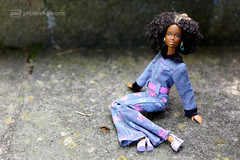 crystal loves her shoes (photos4dreams) Tags: theafrogirlsp4d barbie mattel doll toy diorama photos4dreams p4d photos4dreamz barbies girl play fashion fashionistas outfit kleider mode puppenstube tabletopphotography aa beauties beautiful girls women ladies damen weiblich female funky afroamerican afro schnitt hair haare afrolook crystal darkskin africanamerican