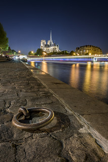 Night on the Seine riverside
