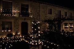 Casa con velas (lidiagor) Tags: light luces velas pedraza spain segovia noche night