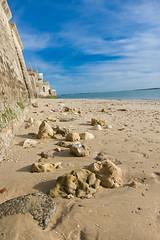 Fouras sur l'Atlantique. (phonia20) Tags: paysage mer ocean eau water sable plage fouras atlantique vague ciel sky mur panorama pentax pentaxart