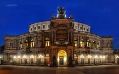 Semperoper (AndyW Harz) Tags: dresden sachsen semperoper opera oper nacht night deutschland germany radeberger