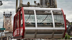 Roosevelt Island Tramway (The Light Cavalry) Tags: nyc queensborobridge rooseveltisland