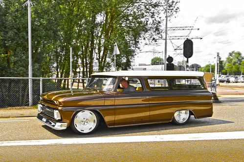 Chevrolet Suburban Customized 1965 (3145)