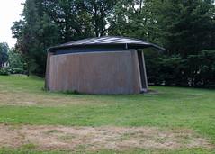 Transformer with leaf roof (AstridWestvang) Tags: nmbu akershus building transformer ås