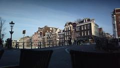 Amsterdam - à l'angle de Spiegelgracht et Prinsengracht (Gautier SENZACHE) Tags: nokia808pureview nokia808 808pureview amsterdam nokia 808 pureview spiegelgracht prinsengracht bar terrasse