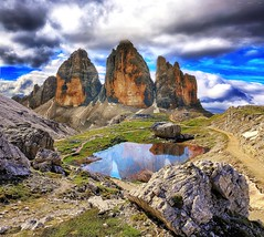 Neverland (Gio_guarda_le_stelle_on/off) Tags: dolomiti dolomiten dolomites trecime threepeaks landscape lake mountainscape artwork italy