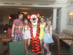 Pics from phone (Elysia in Wonderland) Tags: disneyland paris 2017 elysia elysias birthday 25th 25 anniversary holiday snapchat disney hotel inventions lunch characters meet greet tigger lucy becca pete