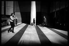 A spin of the wheel (Albion Harrison-Naish) Tags: sydney newsouthwales australia streetphotography sydneystreetphotography albionharrisonnaish iphoneography mobilephotography iphone iphonese hipstamatic blackeyssupergrainfilm lowylens jollyrainbow2xflash unedited straightoutofcamera sooc