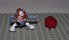 CYBORG VS RASPBERRY (kingkong21) Tags: cyborg dccomics teentitans raspberry