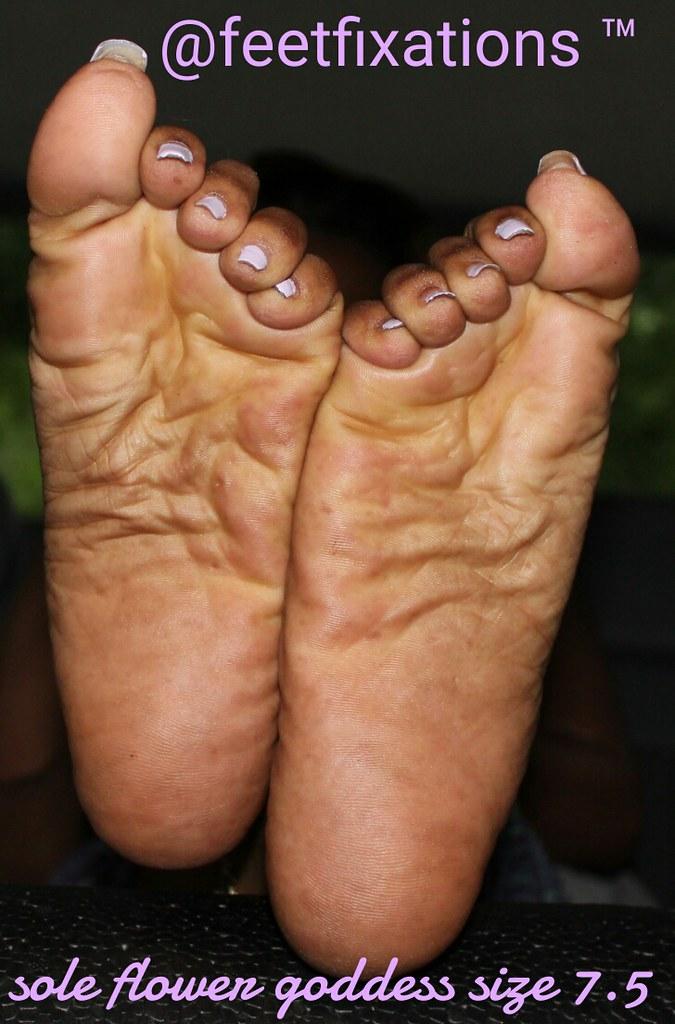 Ebony soles pics