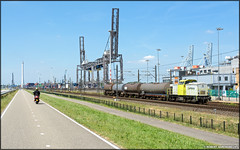 Captrain 203 103, Waalhaven (NL) (CargoDriver) Tags: captrain v100 203 103 lineas ketelwagens zugbilder bahnbilder rsc waalhaven pernis db cargo defect