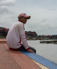 Boat Driver | Tonlé Sap | Cambodia (Roo HL) Tags: cambodia tonlésap water boat travel people