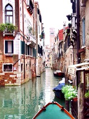 Venetia (lizetkuipers) Tags: famous famouse sky canon loveit pretty prettytown toerist place beautiful watercity city waterhouse house oldhouse old gondel kano boot blue bluewater water italia venetie venetia