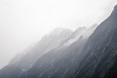 (Max Pa.) Tags: new zealand newzealand landscape canon 5d 2470mm neuseeland landschaft milford sound fjord fiordland nationalpark national park mountain mountains berge berg clouds wolken winter water