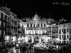 [ #180 :: 2017 ] (Salva Mira) Tags: cuenca conca plaza plaça square plazamayor nightshot salvamira salva salvadormira