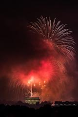 Fireworks 4th July DC (Adrien Catel) Tags: fireworks washingtonmonument washington dc independanceday night longexposure