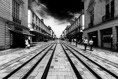 Tours (Bruno. Thomé) Tags: pentaxk1 irix15mmf24 tours urbain noir blanc france indreetloire