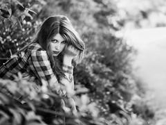 Lyly (liofoto) Tags: canon eos6d sigma105mmmacro noiretblanc blackandwhite monochrome modèle model beauty beauté beautiful portrait face girl woman cheveux hair yeux eyes regard