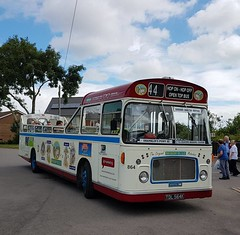 TDL 564K Mendip Mule Bristol RELL ECW Brading (focus- transport) Tags: isle wight railway tdl 564k mendip mule southern vectis svoc bristol rell ecw london underground 1938 stock ng 1109 reo safety bus herbert taylor brading ryde freshwater culver down luccombe shanklin