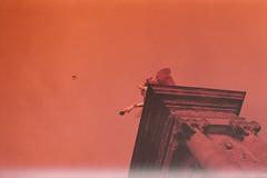 si je ne peux pas tomber, je m'envoler (m_travels) Tags: pentaxkmasahi statue column revologkolor200 paris france filmphotography analogue 35mm argentique airplane sky architecture city travel lightleak