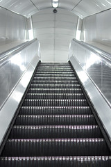 .. almost hypnotic .. (KRY ph) Tags: underground tube metro london uk street streetphotography streetph escalator sliding stair movingshot moving photography movingphotography indoor