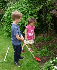 Young Gardeners (Peter Ashton aka peamasher) Tags: robyn grandchild granddaughter children dexter grandson grandchildren