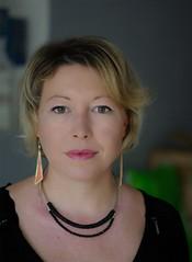 Portrait2 (phonia20) Tags: femme woman women face regard collier sourire yeux vert eyes pentax k10d pentaxart people