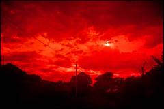 20160824-163 (sulamith.sallmann) Tags: landschaft wetter blur cotentin effect effekt filter folientechnik france frankreich himmel lahague landscape manche natur nature normandie red rot sky unscharf weather fra sulamithsallmann