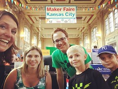 Just wrapped an afternoon presenting our Mozilla Foundation Projects at MakerfaireKC 2017! (LauraGilchrist4) Tags: gigabots boinc sharedcomputing cernkcgigabitchallenge cern quantumphysics particlephysics hivekc kc make maker makered kansascity mozillafoundation makerfairekc makerfaire mozilla instagram makerfaire2017 unionstation physics education stem kcedu elevateedu