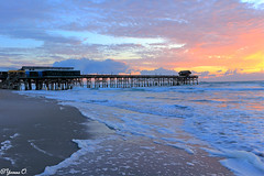 The Pier (Yvonne Oelsner) Tags: pier cocoabeach florida ocean water beach strand sunrise sonnenaufgang light clouds sky color waves seascape