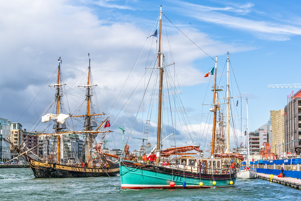 THE BRIAN BORU [SETS SAIL FROM DUBLIN AFTER THE DUBLIN PORT RIVERFEST 2017]-129414