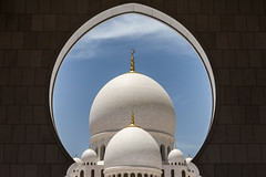 (ilConte) Tags: abudhabi architettura architecture architektur uae unitedarabemirates emiratiarabiuniti moschea mosque sheikhzayedgrandmosque
