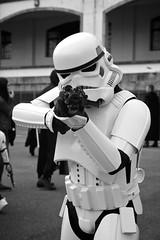Halt! (milosnar) Tags: santiago compostela tropa korriban stormtroopers imperial orgullo friki may mai mayo 2017 cosplay desfile parade
