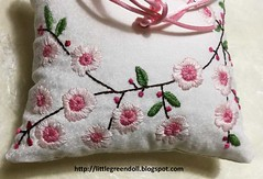 PATCH6904-cojin-portaalianzas (Silvia LGD (Little Green Doll)) Tags: bordado embroidery crafts cojín cojínportaalianzas ringpillow wedding