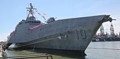 USS Gabrielle Giffords (Bill Jacomet) Tags: uss giffords galveston tx texas 2017 pier 21 us united states navy warship