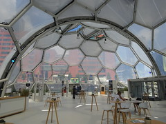 Rotterdam: Floating Pavilion (harry_nl) Tags: netherlands nederland 2017 rotterdam rijnhaven floatingpavilion sphere drijvendpaviljoen publicdomain architecten