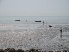 Beach in Bandar Abbas (Florien Velsink) Tags: iran bandarabbas persiangulf