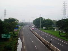 Jalan Tol Surabaya-Porong B (Everyone Sinks Starco (using album)) Tags: surabaya eastjava jawatimur motorway highway jalantol