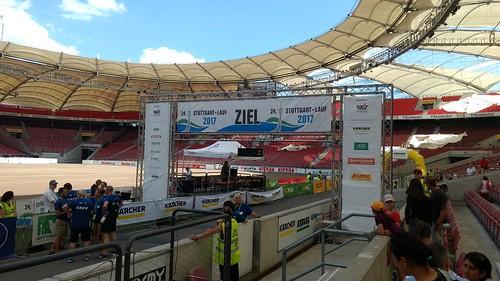 Mercedes-Benz-Arena (Vortag des Stuttgartlaufs)