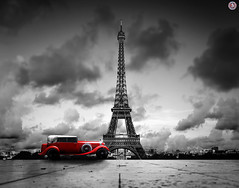 Effel Tower, Paris, France. (Travel Center UK) Tags: vintage classic car vintagecar classiccar red retro redretro effel tower effeltower paris france blackwhite landscapes cityoflove black white