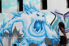 Affrontement_Opposés GraffMeWild (hybrid.photographer) Tags: architectureetbatiments artetculture buildings couleur europe france grauduroi languedocroussillon monstre naomie streetart art azul bleu blue color culture monster portrait tags