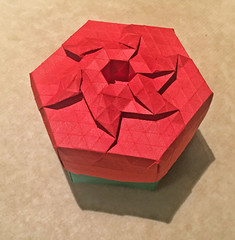 Diamond crown tess box version 2 (mganans) Tags: origami tessellation box