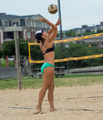 2017-06-16 BBV Coed Doubles (78) (cmfgu) Tags: craigfildespixelscom craigfildesfineartamericacom baltimore beach volleyball bbv md maryland innerharbor rashfield sand sports court net ball outdoor league athlete athletics sweat tan game match people play player doubles twos 2s coed bikini