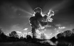 Wolken (wernerfunk) Tags: hessen kraftwerk einfarbig sonne