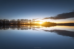 Sunset (Stéphane Sélo Photographies) Tags: barques bateaux cielmétéo coucherdesoleil fleuve natureetpaysages paysage paysages rhône rhônealpes rivière transports color couchant couleur france pentax pentaxk3ii saône sunset