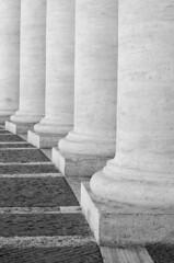 colonnato (Vn_Lc) Tags: vaticano cittadelvaticano roma rome turist photo nikon passion bn bw biancoenereo blackandwhite nocolor colonnato bernini architettura architetturaitaliana