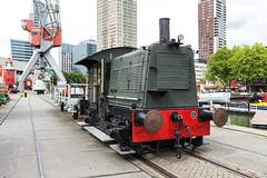 Locomotor (R. Engelsman) Tags: sik347 locomotor rangeerlocomotief trein train locomotief leuvehaven rotterdam 010 outdoor museum netherlands nl rotjeknor