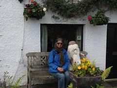 Troutbeck-Windermere-17.17 (davidmagier) Tags: aruna flowers humorous sunglasses nearsawreyhawkshead cumbria england gbr